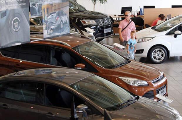 В большинстве регионов России отмечено падение спроса на автомобили