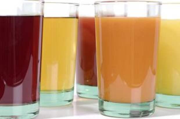 Что полезнее: натуральные фрукты или соки и смузи?