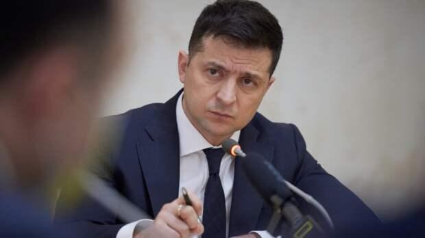 Зеленский заявил о намерениях Киева не позволить уменьшить вклад украинцев в Победу