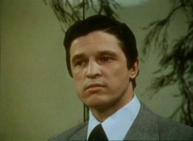 Инспектор Гулл (1979)