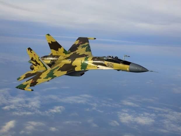 Российские истребители Су-35 вторглись в небо Эстонии