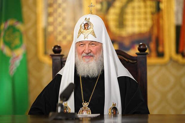 Патриарх Кирилл поздравил президента России и мэра Москвы с Днем Победы
