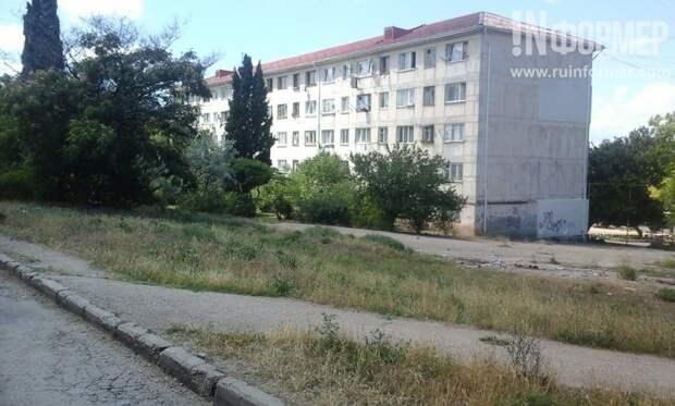 Севастопольские скверы Гавена опять оказались под угрозой застройки? (фото)