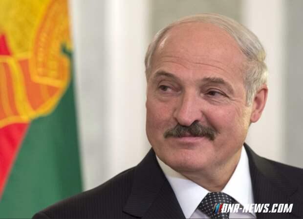 Лукашенко призвал сторонников ДНР уезжать в Россию, чтобы избежать проблем после вхождения Донбасса в состав Украины