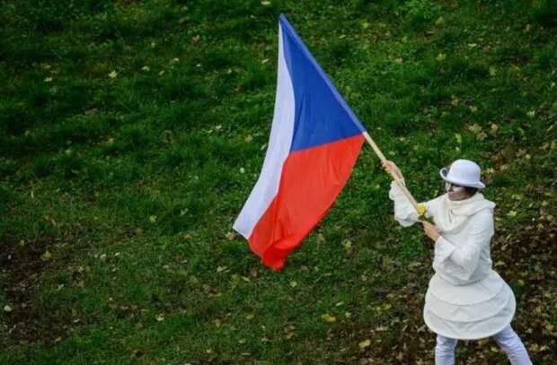 """""""Вам на танках или """"Искандерами""""?"""": Русские не стали церемониться после нового хамства Чехии"""