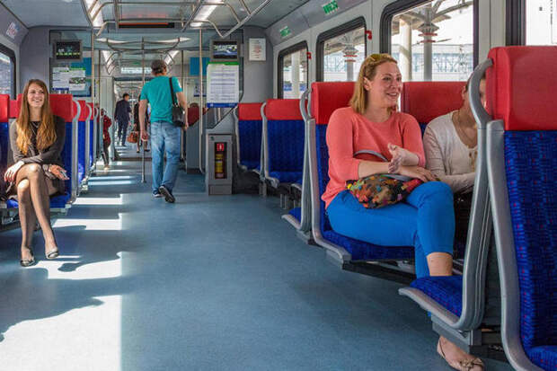 Метрополитен организует регулярные встречи с пассажирами по тарифам МЦД
