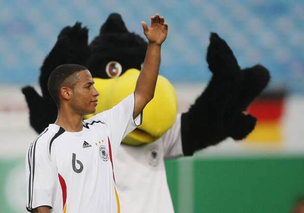 Легенду сборной Германии выгнали из «Герты» за сообщение о чернокожих. Как Йенс Леманн лишился работы из-за безобидной шутки