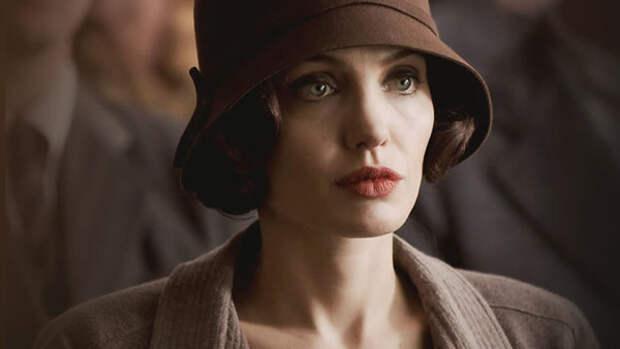 Анджелина Джоли рассказала, ради чего развелась с Брэдом Питтом