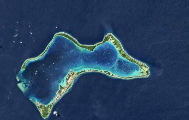 Диего-Гарсия - самый большой остров архипелага Чагос