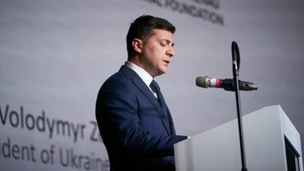 Зеленский стал автором законопроекта о защите прав коренных народов Украины