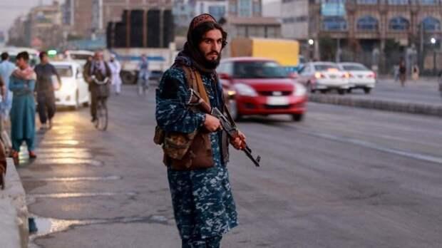 Афганский излом: Путин призвал неторопиться софициальным признанием талибов