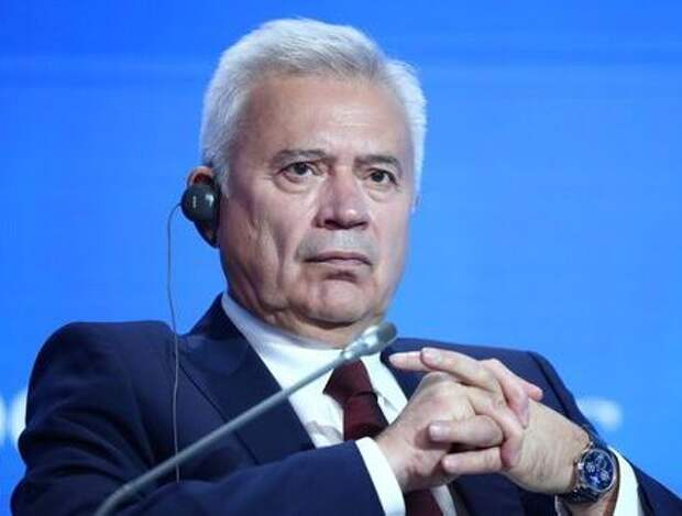 Russia's Lukoil Chief Executive Vagit Alekperov attends the Energy Week International Forum in Moscow, Russia October 3, 2019. REUTERS/Evgenia Novozhenina