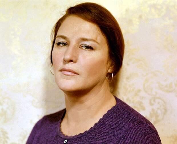 Нонна Мордюкова: «Всю жизнь играю одну роль, а героиня моя — это народ»