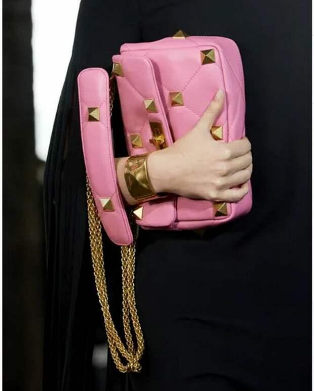 8 тенденций модных сумок для сезона весна-лето 2021