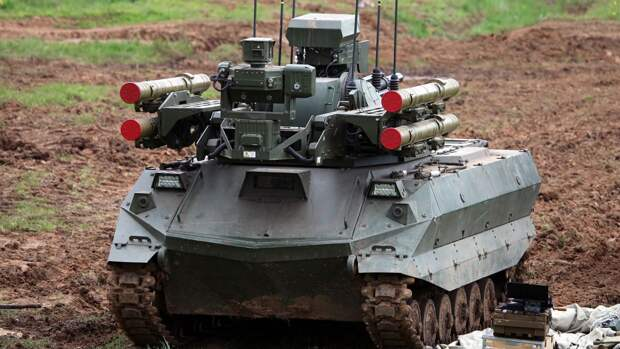 """В США обеспокоены потенциалом российских боевых роботов """"Уран"""""""
