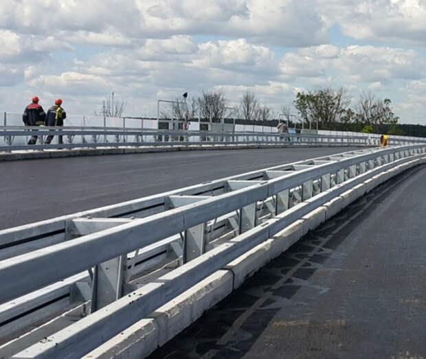 На Остаповском путепроводе начался ремонт деформационных швов