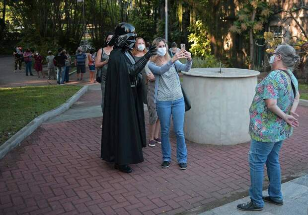 Как прошел день «Звёздных войн»