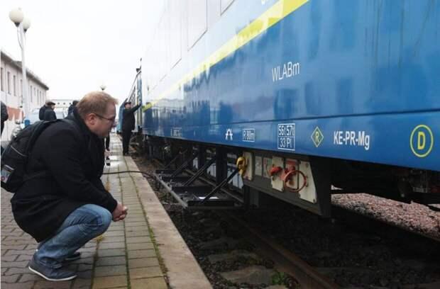 """Украинцы рассказали о настоящей парилке в люксовом вагоне """"Укрзализници"""""""