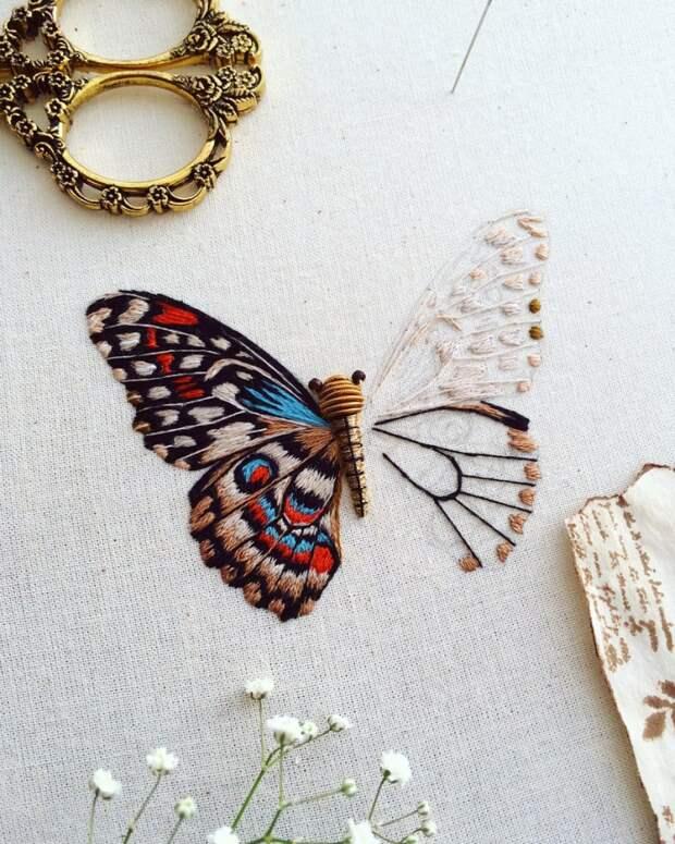 мастер Humayrah Bint Altaf действительно вышивает своих  летающих насекомых и даже деревья в старинной технике Золотого Шитья
