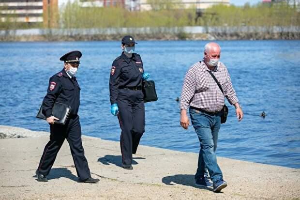 Россиянам разрешили не носить маски на пляжах
