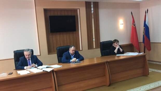 Двоих автовладельцев Подольска оштрафовали за создание помех при уборке снега