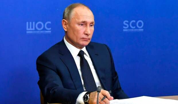 Путин: Россия проходит серьезные испытания в связи с пандемией