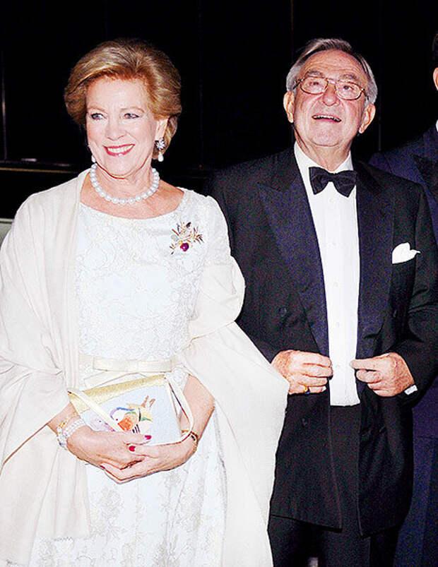 Константин II с женой