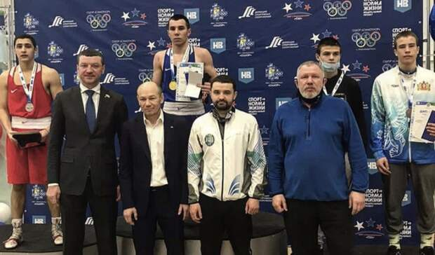Тагильские боксеры-юниоры стали призерами первенства УрФО