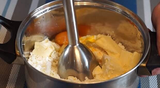 Домашний плавленый сыр с кремовой консистенцией. Идеальная намазка для бутербродов всего за 7 минут