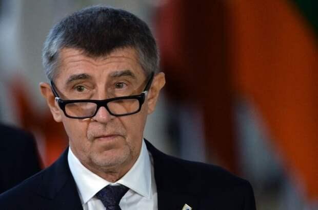 Премьер Чехии призвал снизить напряжение в отношениях с Россией