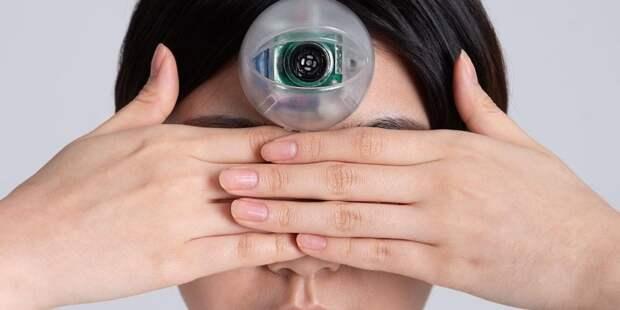Дизайнер разработал третий глаз для зависимых от смартфонов людей