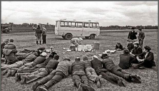Ожидание обеда в поле СССР, история, фото