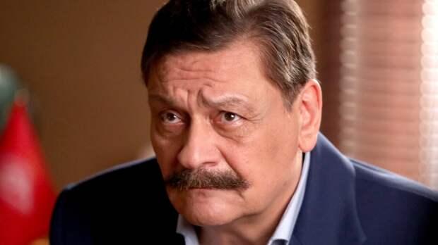 Писатель Шахназаров дал ответ актеру Назарову на негатив по поводу парада Победы