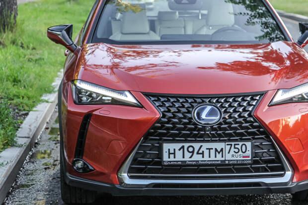 Тест-драйв: Lexus UX 250h