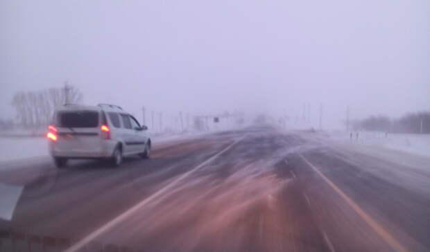 Назападе Оренбуржья, научастке трассы М-5, восстановили движение транспорта