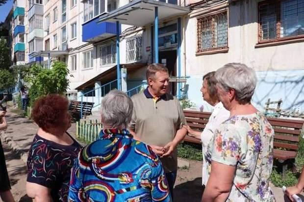 Панков помог балаковцам добиться ремонта дворовых территорий