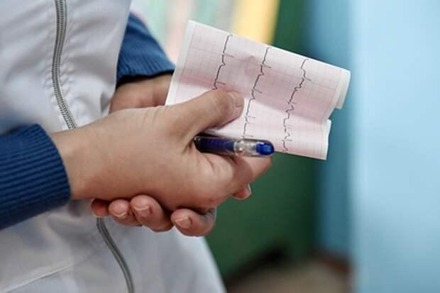 Врач назвал скрытые симптомы сердечно-сосудистых заболеваний