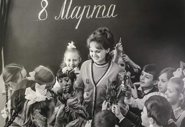 8 марта — фальшивый «праздник» в СССР.