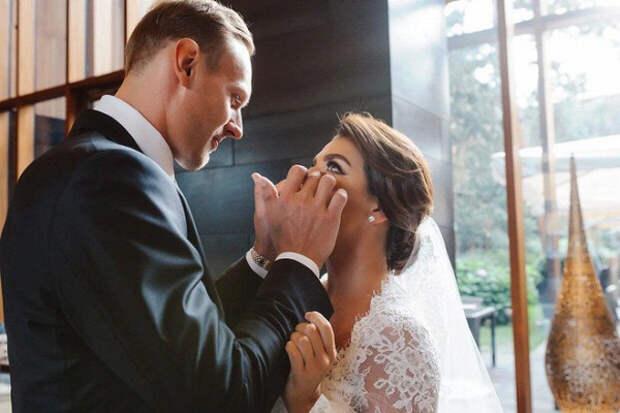 Анна Седокова вышла замуж за28-летнего баскетболиста