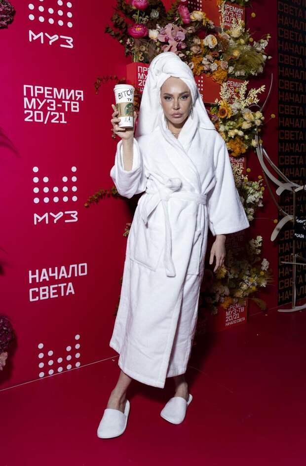 Квир во время чумы: Филипп Киркоров, Даня Милохин и Настя Ивлеева