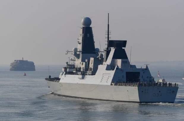 В Турции дали двоякий ответ на вторжение эсминца Британии около Крыма