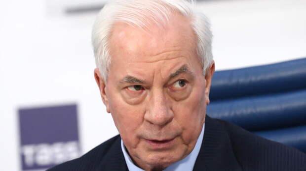 Азаров назвал фантазиями условие Кравчука по отношениям Москвы и Киева