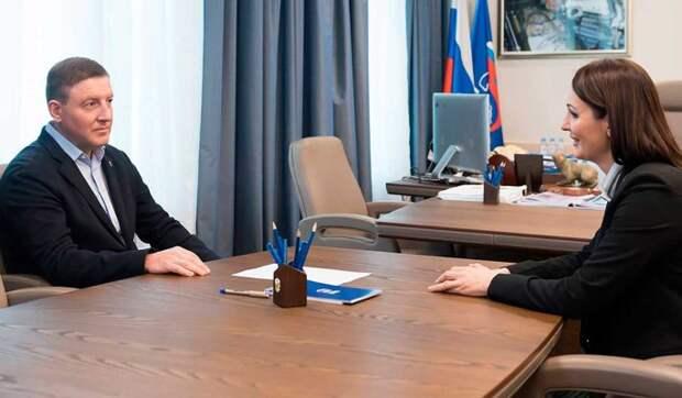 """""""ЕР"""" предложит Путину полностью оплачивать больничные родителям дошкольников"""