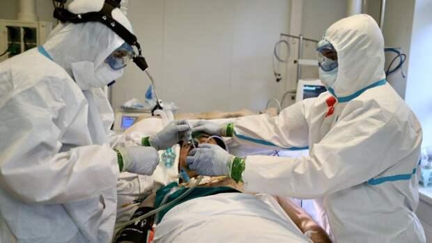 Российский врач оценил вероятность повторного заражения COVID-19 при новой волне