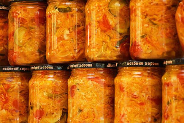 Овощной салат «кубанский» на зиму (с капустой)