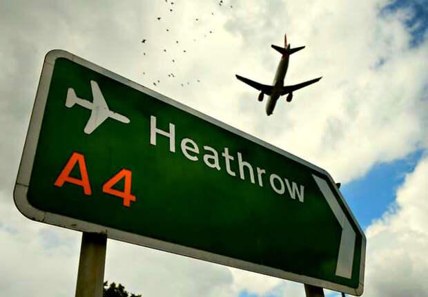 Иностранцы: «у Британии была лишь одна причина выдворять экипаж русского самолета - подкинуть улики»