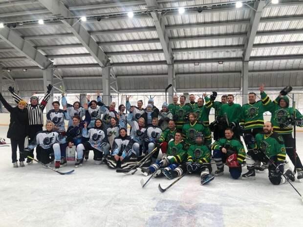 Хоккеисты «Лианозово Team» обыграли знаменитую «Чёрную фурию»