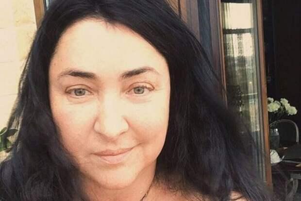 """""""Отдельная любовь - к твоей маме"""": Лолита записала видеообращение к Тиллю Линдеманну"""