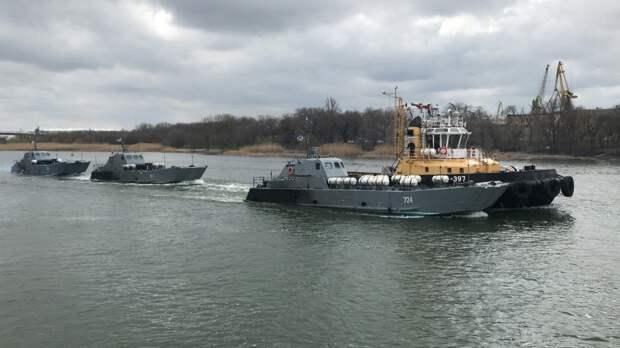 Депутат Медведев и военкор Коц объяснили переброску Каспийской флотилии в Азовское море