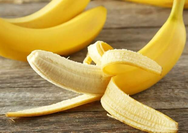 Интересные лайфаки для дома: полезные идеи использования банановой кожуры